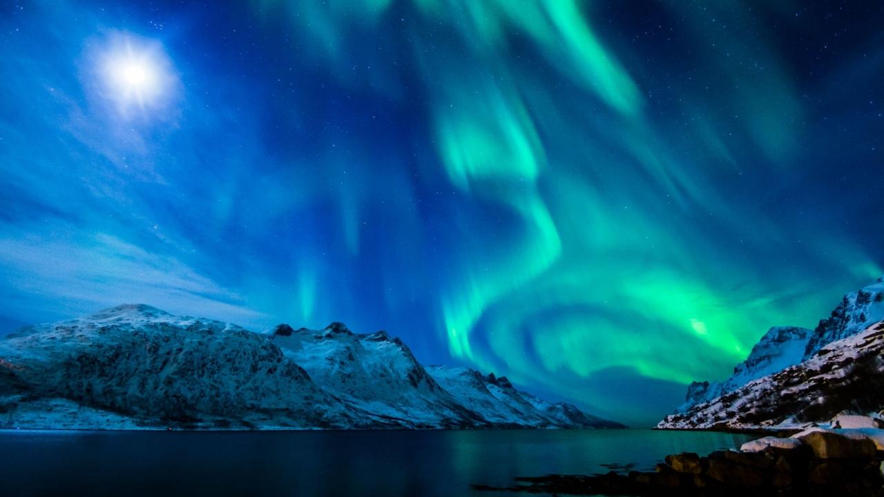 northern_lights_aurora_borealis_uk_2015_100946_3840x2160